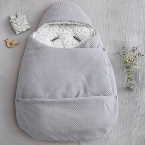 2-in-1 adaptable baby nest